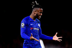 Michy Batshuayi of Chelsea looks frustrated as he rues a missed opportunity - Mandatory by-line: Ryan Hiscott/JMP - 10/12/2019 - FOOTBALL - Stamford Bridge - London, England - Chelsea v Lille - UEFA Champions League group stage