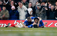 GARY O'NEIL gets mobbed by TAYLOR (L) AND SILVA (R) after scoring Portsmouth's only goal<br /> <br /> PORTSMOUTH V FULHAM PREMIERSHIP 31.12.05 <br /> <br /> PHOTO SEAN RYAN FOTOSPORTS INTERNATIONAL