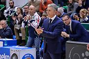 DESCRIZIONE : Beko Legabasket Serie A 2015- 2016 Dinamo Banco di Sardegna Sassari - Sidigas Scandone Avellino<br /> GIOCATORE : Marco Calvani<br /> CATEGORIA : Allenatore Coach<br /> SQUADRA : Dinamo Banco di Sardegna Sassari<br /> EVENTO : Beko Legabasket Serie A 2015-2016<br /> GARA : Dinamo Banco di Sardegna Sassari - Sidigas Scandone Avellino<br /> DATA : 28/02/2016<br /> SPORT : Pallacanestro <br /> AUTORE : Agenzia Ciamillo-Castoria/L.Canu
