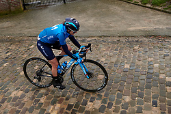Bouncing across the cobbles at the 2020 Omloop Het Nieuwsblad - Elite Women, a 122.9 km road race from Gent to Ninove, Belgium on February 29, 2020. Photo by Sean Robinson/velofocus.com