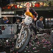 Motosalone Eicma edizione 2012: Vittoria Hyde dj di Virgin Radio..International Motorcycle Exhibition 2012: Vittoria Hyde Virgin Radio Dj