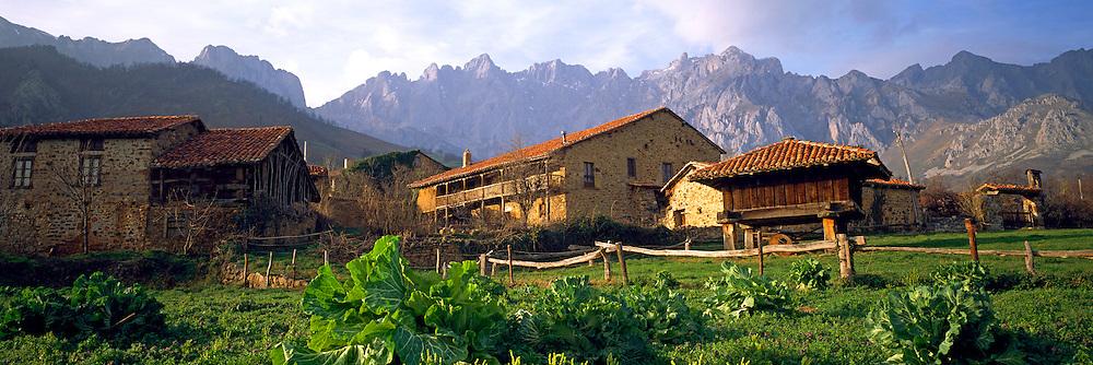 SPAIN, NORTH COAST, ASTURIAS Cantabrian Mountains and 'Picos de Europa'