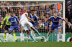 28.09.2010, Stamford Bridge, London, ENG, UEFA Champions League, Chelsea vs Olympique Marseille, im Bild .OM's Edouard Cisse fires at goal    during the Match Chelsea v Marseille, Group F, of  the UCL ( Uefa Champions League Group stages)  at Stamford Bridge in London. EXPA Pictures © 2010, PhotoCredit: EXPA/ IPS/ Marcello Pozzetti +++++ ATTENTION - OUT OF ENGLAND/UK +++++ / SPORTIDA PHOTO AGENCY