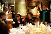 STEPHN FRY; RUBY WAX; ZOE WANAMAKER; STEVEN WEBB, Veuve Clicquot Tribute award dinner for Ruby Wax for her outstanding contribution to the greater understanding of mental illness in the UK. Berkeley Hotel, London. 25 November 2011.