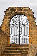 The entrance to the Paul Avril, Clos des Papes vineyard. Wrought iron gate. Chateauneuf-du-Pape Châteauneuf, Vaucluse, Provence, France, Europe Chateauneuf-du-Pape Châteauneuf, Vaucluse, Provence, France, Europe