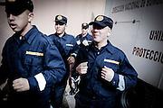 """Javier Calvelo/ URUGUAY/ MONTEVIDEO/ Cuartel Centenario/ Ceremonia de egreso de bomberos de la Escuela de Formación Profesional en el Cuartel Centenario, ubicado en Colonia 1655. Esta será la promoción """"25 de mayo de 1971"""", fecha en que asumió como primer director profesional de Bomberos el insp. gral. Donato Larrosa.<br /> En este acto, 139 funcionarios se recibieron con el título de bombero ejecutivo de la Escala Básica, quienes desfilaron en la plaza de maniobras, rendieron honor a las autoridades presentes y finalizaron con el """"bautismo"""" tradicional.  Además se entregaron premios a los alumnos destacados. <br /> En la foto:  Ceremonia de egreso de bomberos en el Cuartel Centenario. Foto: Javier Calvelo/ adhocFotos<br /> 20160616 dia jueves<br /> adhocFotos"""