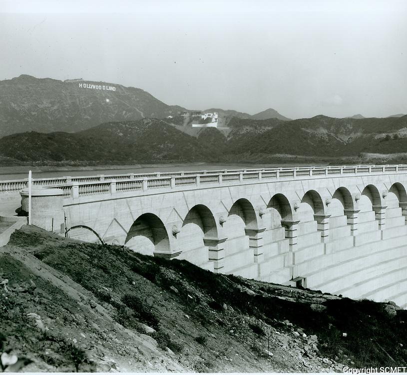1924 Hollywoodland sign from Lake Hollywood Dam