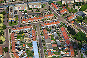 Nederland, Overijssel, Hengelo 30-06-2011; Weidehoek, centrum west. Flats een eengezinswoningen met rode pannendaken..luchtfoto (toeslag), aerial photo (additional fee required).copyright foto/photo Siebe Swart
