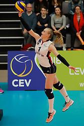 20180110 NED: CEV CUP Sliedrecht Sport - Beziers Angels VB: Sliedrecht<br />Christie Wolt (1) of Sliedrecht Sport <br />©2018-FotoHoogendoorn.nl / Pim Waslander