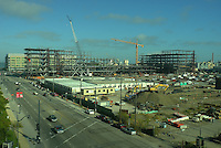 UCSF Medical Center Construction Site. Image taken with a Leica X1 (ISO 100, 24 mm, f/2.8, 1/2000 sec).