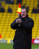 Photo. Chris Ratcliffe. <br />Watford v Ipswich. The League Championship. 23/10/2004<br />Manager Ray Lewington looks on as his team draw.
