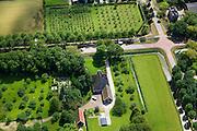Nederland, Noord-Holland, Beemster, 14-06-2012; De Beemster, 400 jaar 1612 - 2012. Boerderij de Eenhoorn aan de Middenweg (kruising Volgerweg). De stolpboerderij of stolphoeve is een voorbeeld  van een Beemster Lusthof. rechtsboven landhuis Rustenhoven..In the 400 year old Beemster polder this farm is the Unicorn, a bell farm, 17th century monument, UNESCO monument.luchtfoto (toeslag), aerial photo (additional fee required);.copyright foto/photo Siebe Swart
