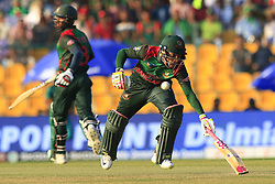 September 26, 2018 - Abu Dhabi, United Arab Emirates - Bangladesh cricketer Mushfiqur Rahim runs between the wickets  during the Asia Cup 2018 cricket match  between Bangladesh and Pakistan at the Sheikh Zayed Stadium,Abu Dhabi, United Arab Emirates on September 26, 2018  (Credit Image: © Tharaka Basnayaka/NurPhoto/ZUMA Press)