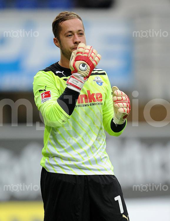 FUSSBALL   2. BUNDESLIGA   SAISON 2011/2012    7. SPIELTAG SC Paderborn 07 - Alemannia Aachen                        09.09.2011 Torwart Lukas KRUSE (Paderborn)