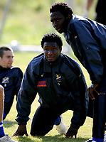 Fotball, 6. september 2005,  John Obi Mikel back on FC Lyn Oslos training. Here together with Chinedu Obasi Ogbuke