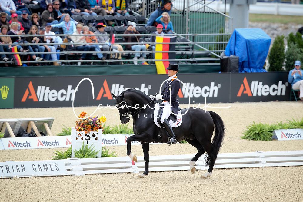 Gal Edward (NED) - Moorlands Totilas <br /> Alltech FEI World Equestrian Games <br /> Lexington - Kentucky 2010<br /> © Dirk Caremans