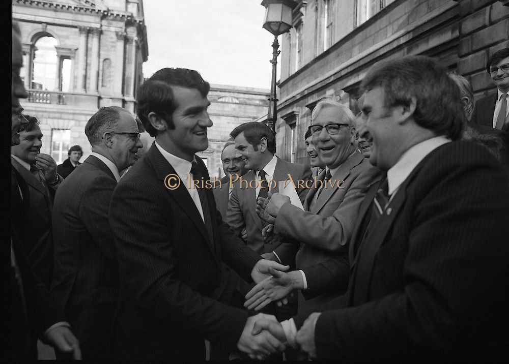 Clement Coughlan New Fianna Fáil TD.  (N50)..1989..11.11.1980..11th November 1980..The new Fianna Fáil TD for Donegal, Mr Clement Coughlan TD took his seat at Dáil Éireann, Leinster House today..Picture shows Mr Sean Moore TD, Fianna Fáil,Chief Whip welcoming Mr Clement Coughlan TD to Dáil Éireann.Other Fianna Fáil TDs are in the picture.
