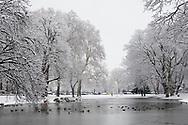 pond at the Theodor-Heuss-Ring near the square Ebertplatz, snow, winter, Cologne, Germany.<br /> <br /> Weiher am Theodor-Heuss-Ring nahe Ebertplatz, Schnee, Winter, Koeln, Deutschland.