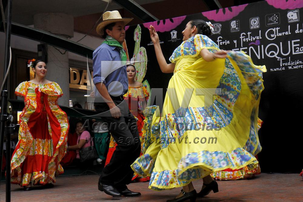 TOLUCA, México.- Con la inauguración del Festival del Alfeñique se dieron por iniciadas las actividades culturales que se realizaran en lo que resta del mes de octubre e inicios de noviembre, obras de teatro, marionetas, recorridos nocturnos, son algunos de los eventos que se podrán disfrutar en Toluca. Agencia MVT / Crisanta Espinosa. (DIGITAL)