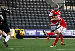 Bristol City's Bobby Reid goes close to goal - Photo mandatory by-line: Matt Bunn/JMP - Tel: Mobile: 07966 386802 21/12/2013 - SPORT - FOOTBALL - Meadow Lane - Nottingham - Notts County v Bristol City - Sky Bet League One