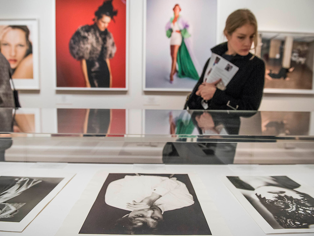 Vogue I00, a Century of Style - a new exhibition at the National Portrait Gallery. It showcases a range of photography commissioned by the magazine since it was founded in 1916. It runs from 11 Feb to 22 May 2016.