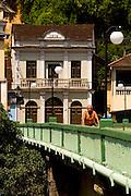 Santa Leopoldina_ES, Brasil...Ponte em Santa Leopoldina...A bridge in Santa Leopoldina...Foto: LEO DRUMOND / NITRO