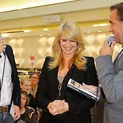NLD/Amsterdam/20111031- Presentatie boek Linda De Columns, Linda de Mol en Veldhuis & Kemper