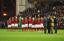 General view as Nottingham Forest players take part in a Remembrance Day minutes silence before the match - Mandatory byline: Jack Phillips / JMP - 07966386802 - 6/11/2015 - FOOTBALL - The City Ground - Nottingham, Nottinghamshire - Nottingham Forest v Derby County - Sky Bet Championship
