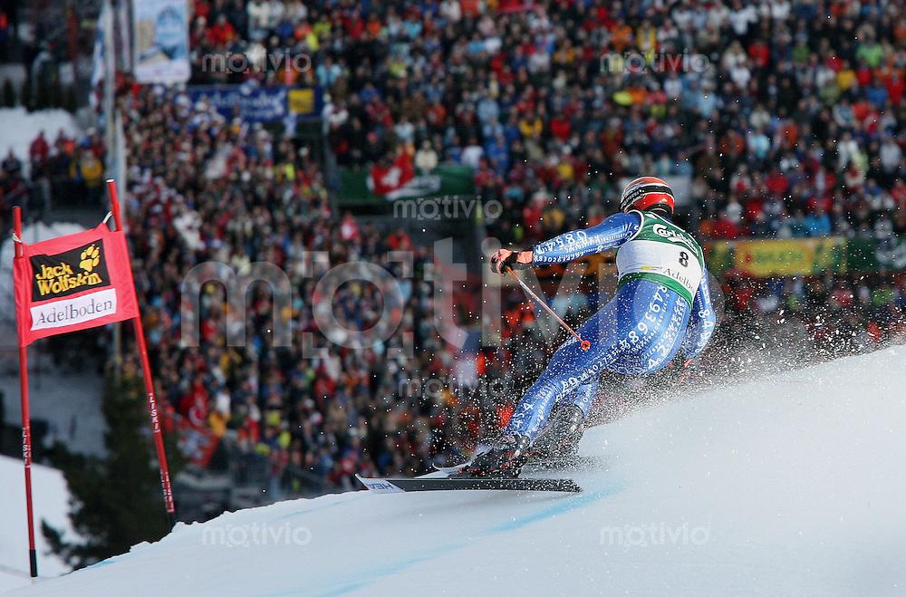 Ski Alpin; Saison 2006/2007  41. Weltcup Riesenslalom Herren Didier Cuche (SUI) belegt Platz 7, hier bei der Einfahrt in den Zielhang