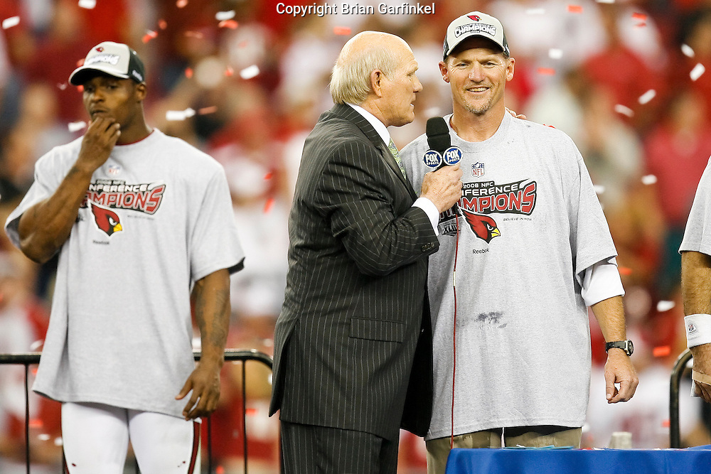 18 Jan 2009: Arizona Cardinals are presented with the NFC Championship trophy after the NFC Championship game against the Philadelphia Eagles on January 18th, 2009. The Cardinals won 32-25 at University of Phoenix Stadium in Glendale, Arizona.
