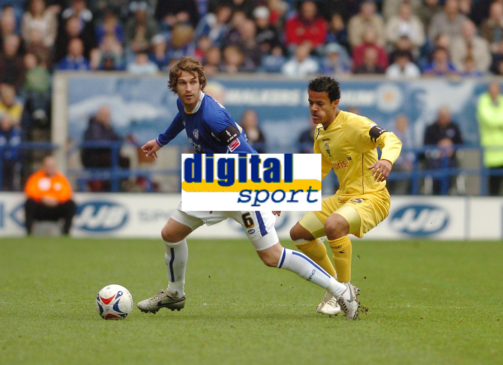 Photo: Leigh Quinnell.<br /> Leicester City v Preston North End. Coca Cola Championship. 15/04/2006. Leicesters Gareth Williams takes the ball from Prestons Simon Whaley.