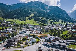 THEMENBILD - Ortsansicht des Tourismusortes, aufgenommen am 07. August 2020 in Kaprun, Österreich // General view of the tourist village, Kaprun, Austria on 2020/08/07. EXPA Pictures © 2020, PhotoCredit: EXPA/ JFK