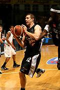 DESCRIZIONE : Bologna Coppa Italia 2006-07 Quarti di Finale Montepaschi Siena Eldo Napoli <br /> GIOCATORE : Rocca  <br /> SQUADRA : Eldo Napoli<br /> EVENTO : Campionato Lega A1 2006-2007 Tim Cup Final Eight Coppa Italia Quarti di Finale <br /> GARA : Montepaschi Siena Eldo Napoli <br /> DATA : 09/02/2007 <br /> CATEGORIA : Rimbalzo<br /> SPORT : Pallacanestro <br /> AUTORE : Agenzia Ciamillo-Castoria/M.Marchi
