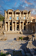 The ancient Library of Celsus , a Roman building ruins in Ephesus, Anatolia, Turkey .<br /> <br /> If you prefer to buy from our ALAMY PHOTO LIBRARY  Collection visit : https://www.alamy.com/portfolio/paul-williams-funkystock/ephesus-celsus-library-turkey.html<br /> <br /> Visit our TURKEY PHOTO COLLECTIONS for more photos to download or buy as wall art prints https://funkystock.photoshelter.com/gallery-collection/3f-Pictures-of-Turkey-Turkey-Photos-Images-Fotos/C0000U.hJWkZxAbg