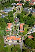 Nederland, Noord-Holland, Bennebroek, 12-05-2009; De Geestgronden, onderdeel GGZ inGeest , voorheen bekend als Psychiatrisch Ziekenhuis Vogelenzang.Swart collectie, luchtfoto (toeslag); Swart Collection, aerial photo (additional fee required).foto Siebe Swart / photo Siebe Swart