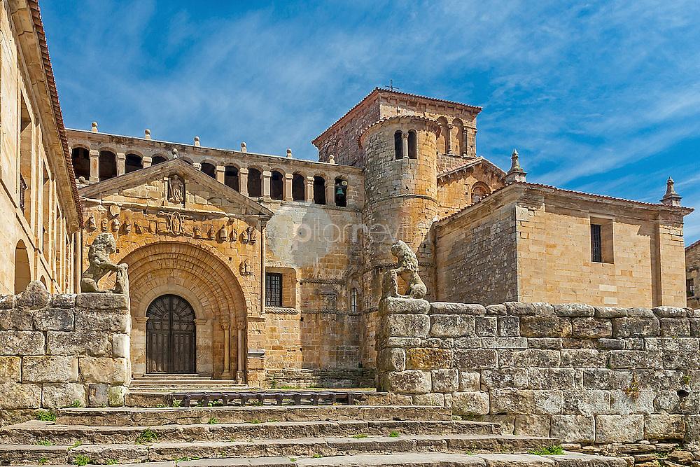 Colegiata de Santa Juliana. Santillana del Mar. Cantabria. España. Europa  ©Javier Abad Country Sessions / PILAR REVILLA