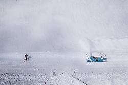 THEMENBILD - Wallack Rotations Schneefräse bei der Schneeräumung der Strasse. Die Grossglockner Hochalpenstrasse verbindet die beiden Bundeslaender Salzburg und Kaernten und ist als Erlebnisstrasse vorrangig von touristischer Bedeutung, aufgenommen am 29. April 2021 auf der Grossglockner Hochalpenstrasse, Österreich // Wallack rotary snow thrower clearing the road from the Snow. The Grossglockner High Alpine Road connects the two provinces of Salzburg and Carinthia and is as an adventure road priority of tourist interest at the Grossglockner High Alpine Road, Austria on 2021/04/29. EXPA Pictures © 2021, PhotoCredit: EXPA/ JFK