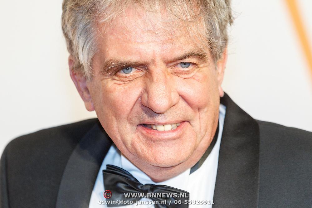 NLD/Katwijk/20151030 - 5 Jarig jubileumvoostelling musical Soldaat van Oranje, Oud-minister van landbouw Cees Veerman