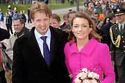 Her Majesty the queen and members of the royal family celebrate Saturday 29 April 2006 Queensday in the province flevoland in the cities  Zeewolde and almere.<br /> <br /> Hare Majesteit de Koningin en leden van de Koninklijke Familie vieren zaterdag 29 april 2006 Koninginnedag mee in de provincie Flevoland en wel in Zeewolde en Almere.<br /> <br /> On the Photo / Op dce foto: Arrival of Princess Aimee and Prins Floris in Almere / Aankomst van Princes Maxima en Prins Floris in Almere