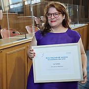 Remise du prix femmes et médias<br /> Salle du grand conseil<br /> Prix Décadrée contre la culture du Viol, Prix de la rédaction, Le Temps<br /> <br /> Neuchâtel, le 16 septembre 2020<br /> Photo: David Marchon
