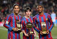 Datum: 20.12.2005  <br /> Goldene Zeiten beim FC Barcelona - V.li. Ronaldinho (Weltfußballer des Jahres 2005), Lionel Messi Weltbester Nachwuchsspieler 2005, Samuel Eto o (3.Platz Weltfußballer des Jahres 2005); Etoo,
