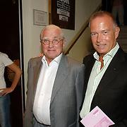 NLD/Amsterdam/20061001 - Uitreiking Blijvend Applaus prijs 2006, Joan Thierry en Johan de Vroedt