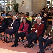 KO Mw. C.G. Visser, Mw. A. Kruyning-Teeuwissen en dhr. J.C.A.M. Borremans, koninklijke onderscheiding, lintjesregen