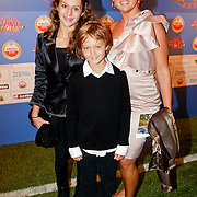 NLD/Amsterdam/20111010 - Premiere All Stars 2, Jenny de Munk - Sluyter en kinderen Bo en Davey