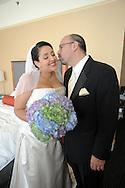 8/28/10 3:55:48 PM -- PHILADELPHIA, PA. --Thea & Kent --. -- Photo by William Thomas Cain/cainimages.com