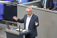 DEU, Deutschland, Germany, Berlin, 23.04.2021: Deutscher Bundestag, Alexander Ulrich (Die Linke) bei einer Rede in der Plenarsitzung.