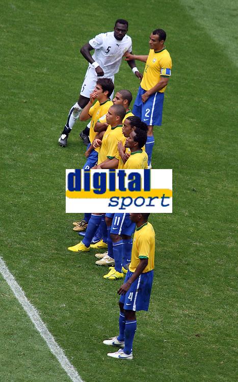 Photo: Chris Ratcliffe.<br /> Brazil v Ghana. Round 2, FIFA World Cup 2006. 27/06/2006.<br /> Brazil defence.