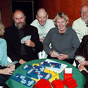 Winnaars Varilux bridge beker vlnr Wil van Dijk, Cees Pellikaan, Frans van der Knaap, Jacqueline Verhaeven, Paul de Beurs, Els van Ham