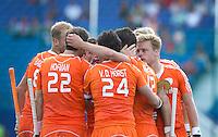 BOOM - Vreugde bij Oranje na 2-1.  tijdens de eerste poulewedstrijd van Oranje tijdens het Europees Kampioenschap hockey   tussen de mannen van  Nederland en Ierland . ANP KOEN SUYK