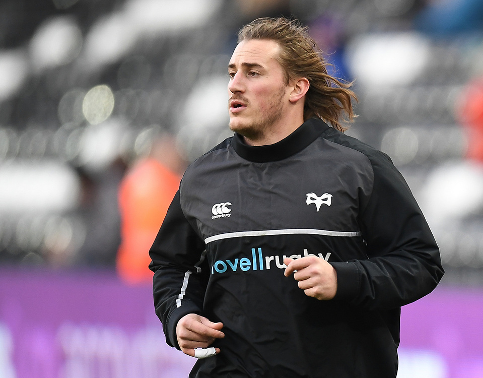 Ospreys' Jeff Hassler Pre match warm up<br /> <br /> Photographer Mike Jones/Replay Images<br /> <br /> Guinness PRO14 Round Round 16 - Ospreys v Cheetahs - Saturday 24th February 2018 - Liberty Stadium - Swansea<br /> <br /> World Copyright © Replay Images . All rights reserved. info@replayimages.co.uk - http://replayimages.co.uk